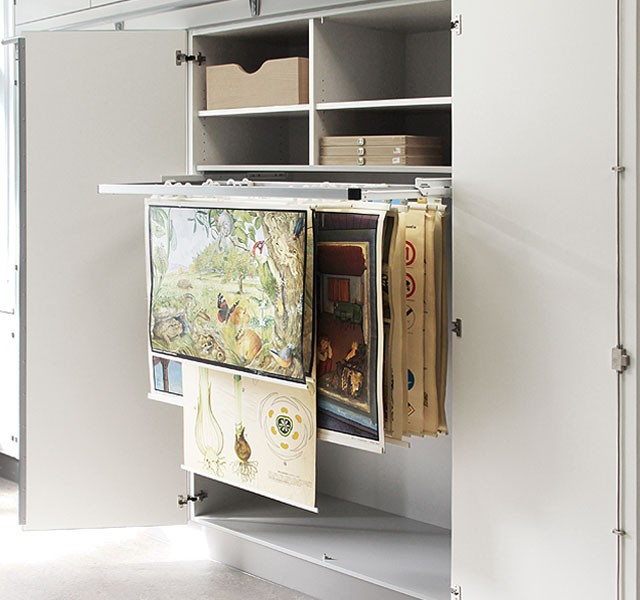 Cupboard for pictures ARMADIO-MEDIA